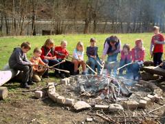 Hortkinder am Lagerfeuer in den NaturParkWelten Grit Lemnitzer